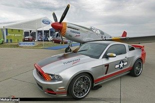 Ford Mustang Red Tails : 370 000 dollars