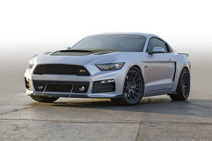 Ford Mustang P-51 par Roush Performance