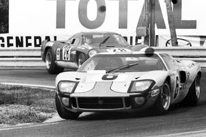 Goodwood : Ickx, Oliver et la GT40