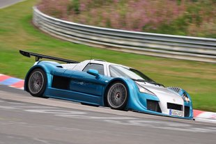 Record Gumpert Apollo