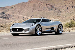 La Jaguar C-X75 dans James Bond ?