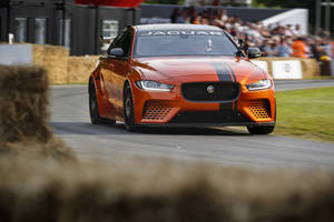 La Jaguar XE SV Project 8 bientôt à l'assaut du Ring