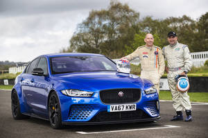 Andy Wallace et Davy Jones ont testé la Jaguar XE SV Project 8