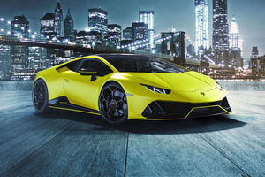 Collection Capsule Lamborghini Huracan Evo Fluo