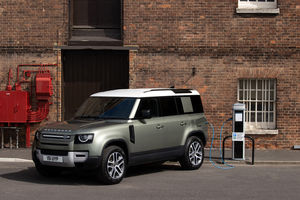 Land Rover étoffe le catalogue de son Defender