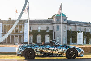 Le Lexus LC cabriolet à Goodwood