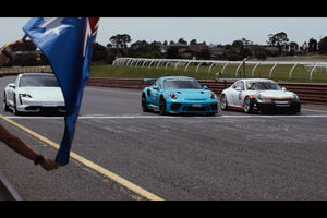 Match : Porsche Taycan Turbo vs 911 GT3 RS vs 911 GT3 Cup