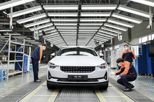 La Polestar 2 entre en production