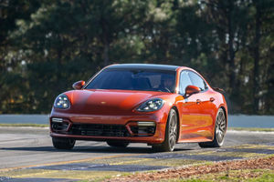 Record : la Porsche Panamera Turbo S se distingue à Road Atlanta