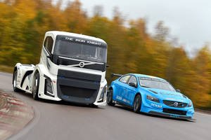 Volvo Iron Knight vs S60 Polestar
