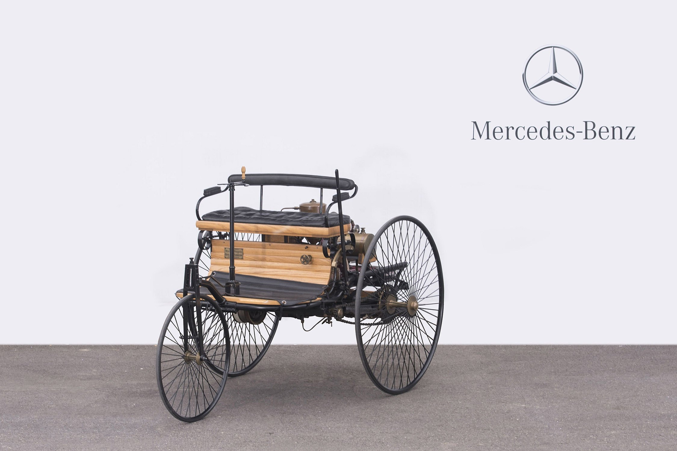 artcurial vente mercedes benz paris actualit automobile motorlegend. Black Bedroom Furniture Sets. Home Design Ideas