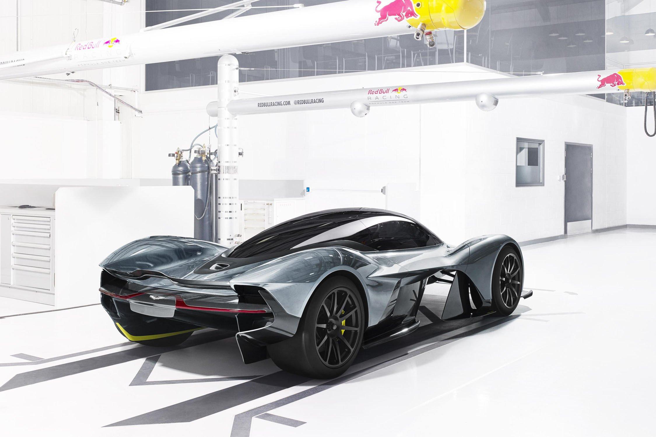 Red Bull poursuit son partenariat avec Aston Martin