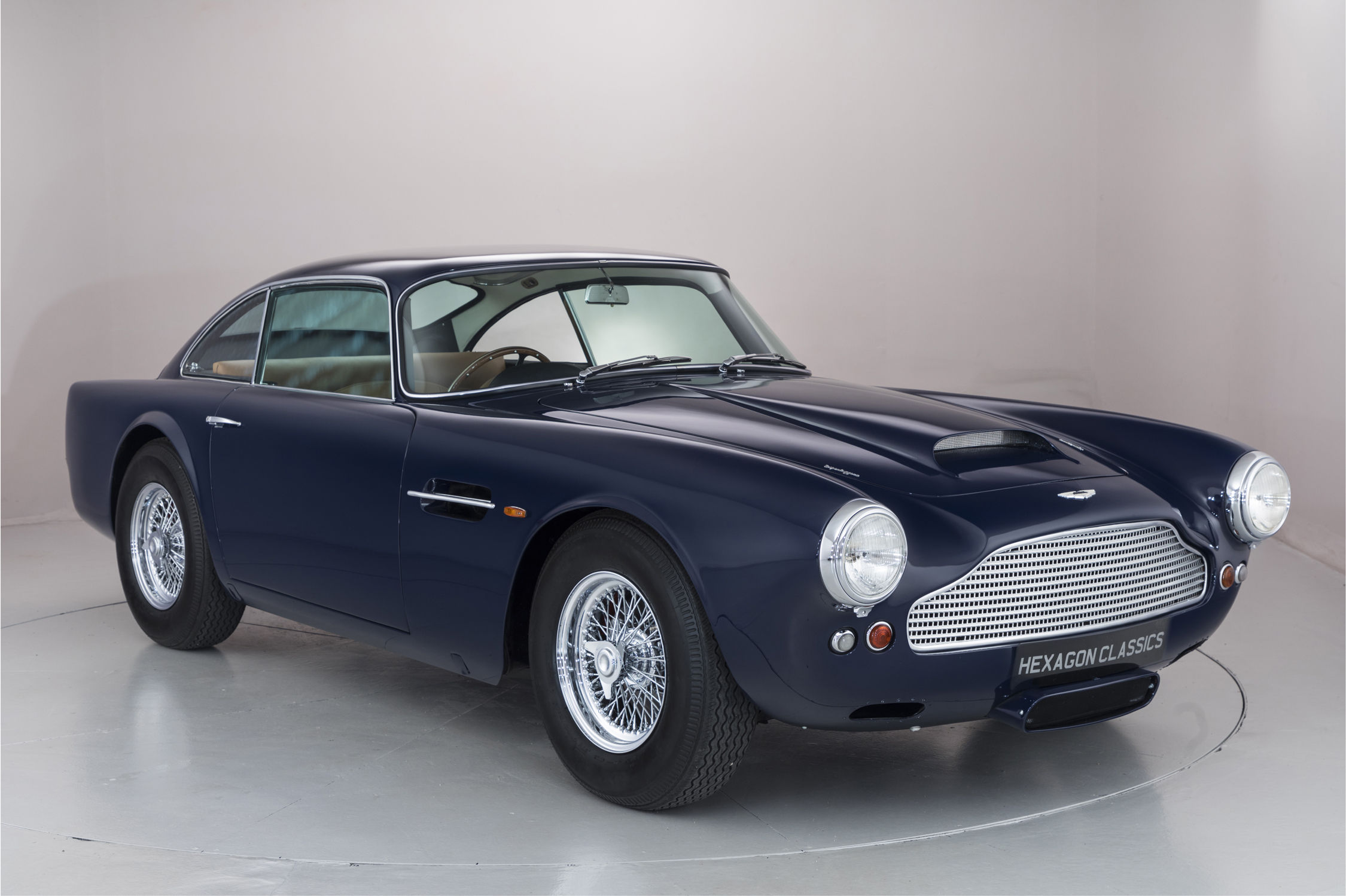a vendre aston martin db4 de pr production actualit automobile motorlegend. Black Bedroom Furniture Sets. Home Design Ideas
