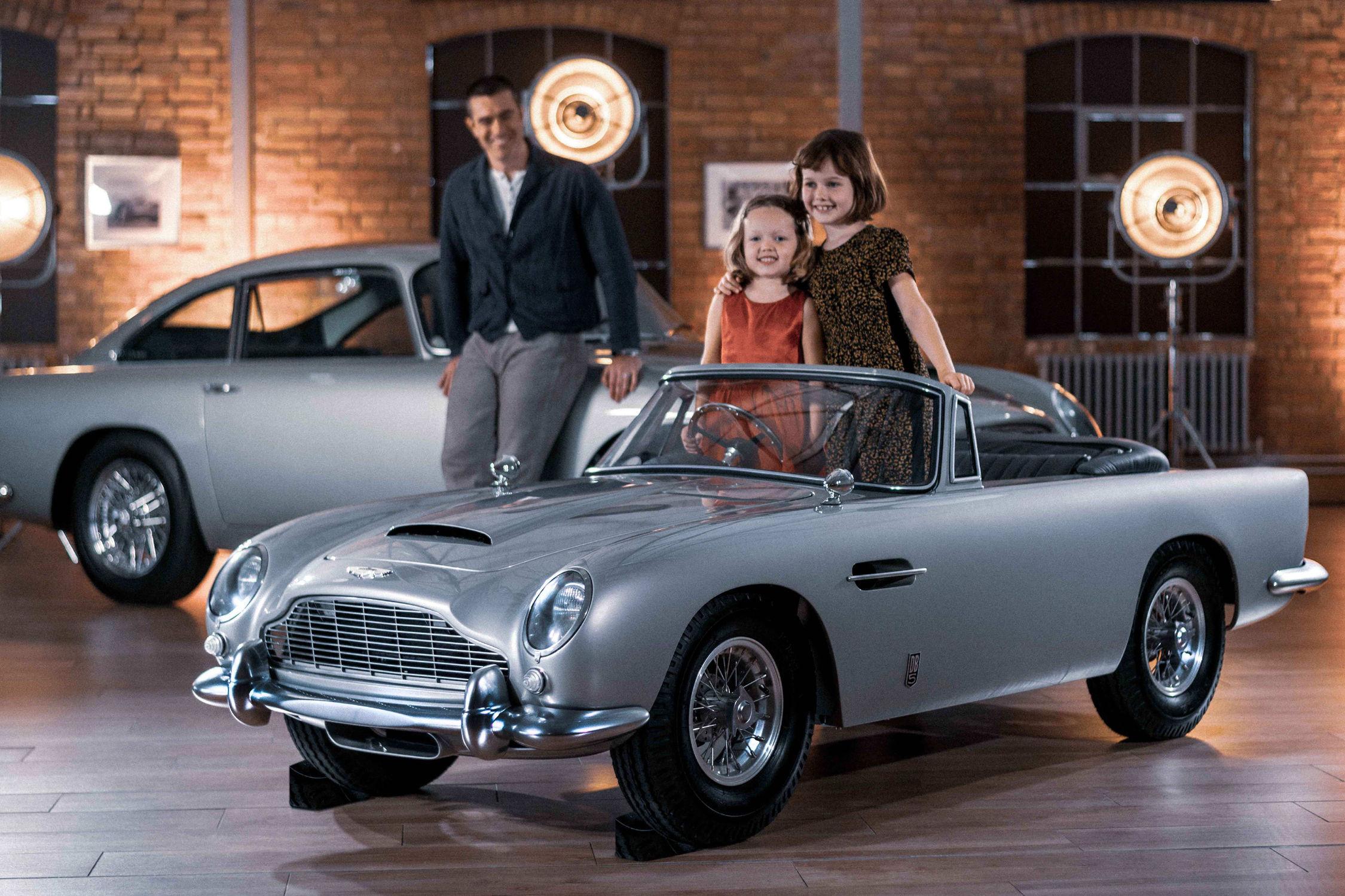 Aston Martin DB5 Junior : une DB5 miniature de luxe - actualité automobile - Motorlegend