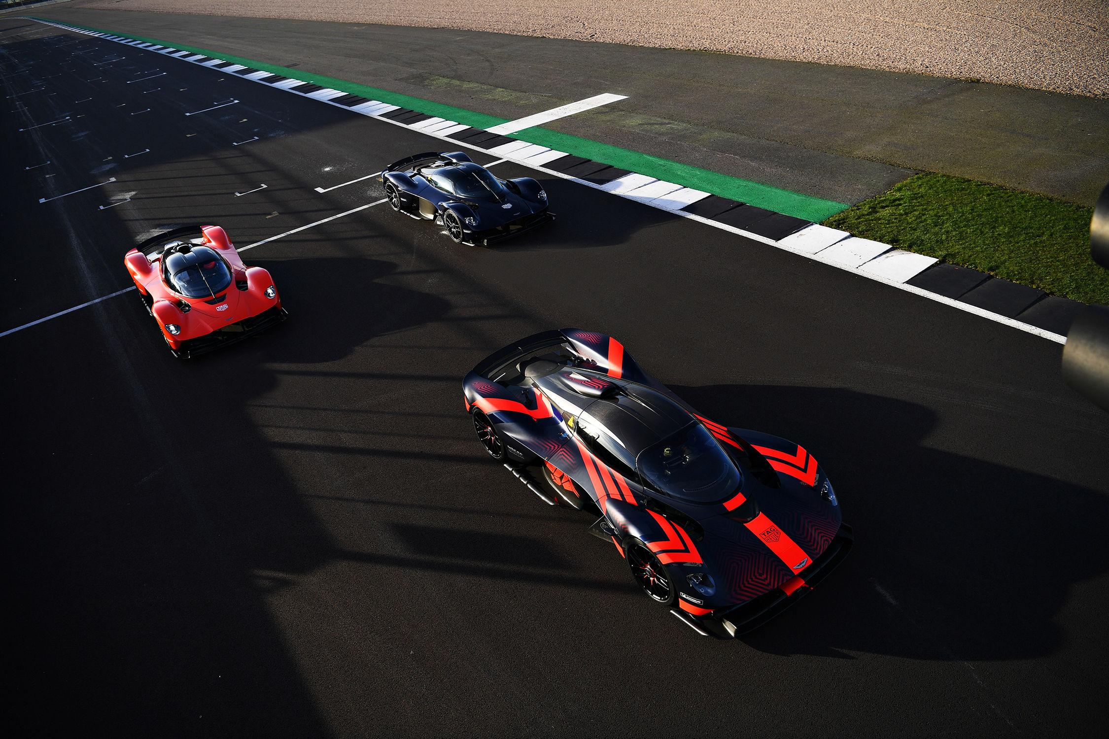 Auto: Max Verstappen et Alexander Albon testent l'Aston Martin Valkyrie