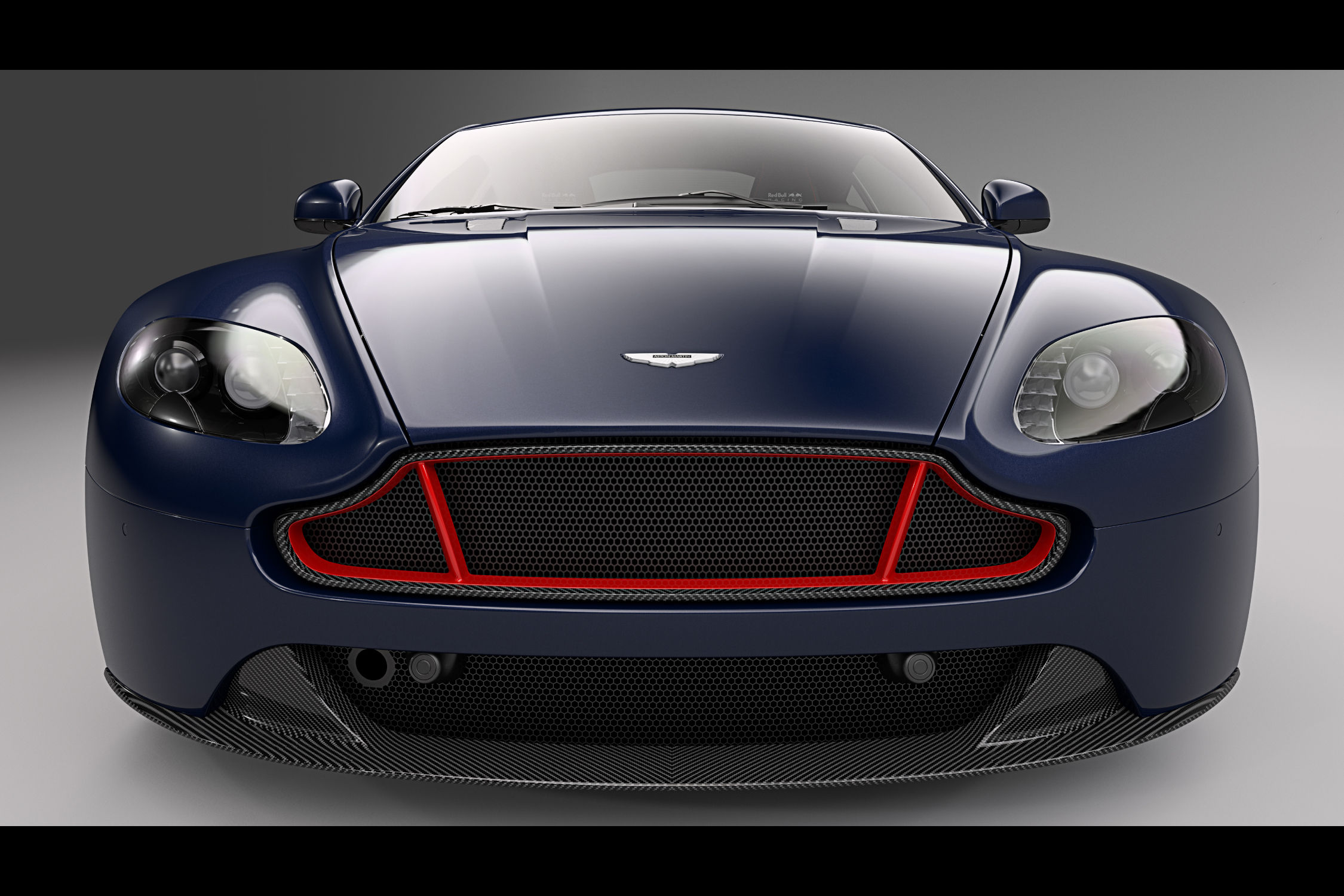 Aston Martin V8 & V12 Vantage S : Red Bull Racing Edition