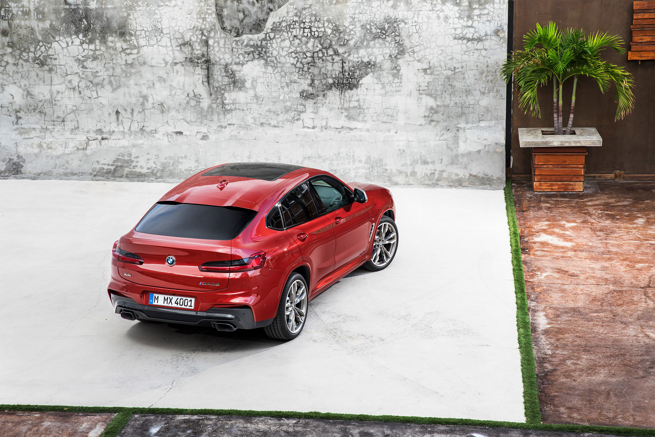 bmw x4 sport et style actualit automobile motorlegend. Black Bedroom Furniture Sets. Home Design Ideas