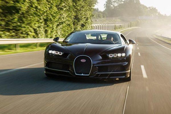 bugatti chiron une tentative de record de vitesse en 2018 actualit automobile motorlegend. Black Bedroom Furniture Sets. Home Design Ideas