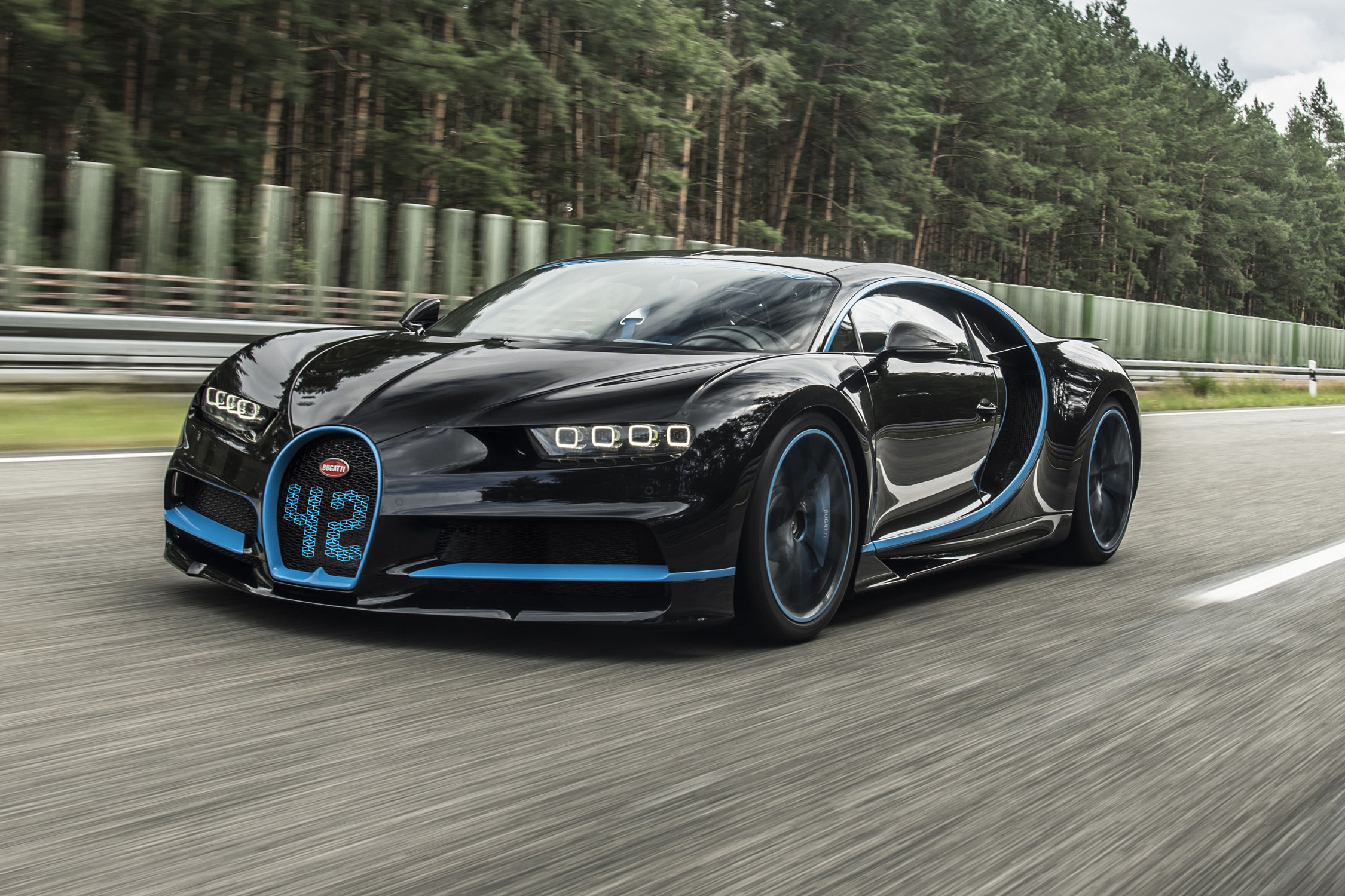 0 400 km h la bugatti chiron signe un record du monde actualit automobile motorlegend. Black Bedroom Furniture Sets. Home Design Ideas