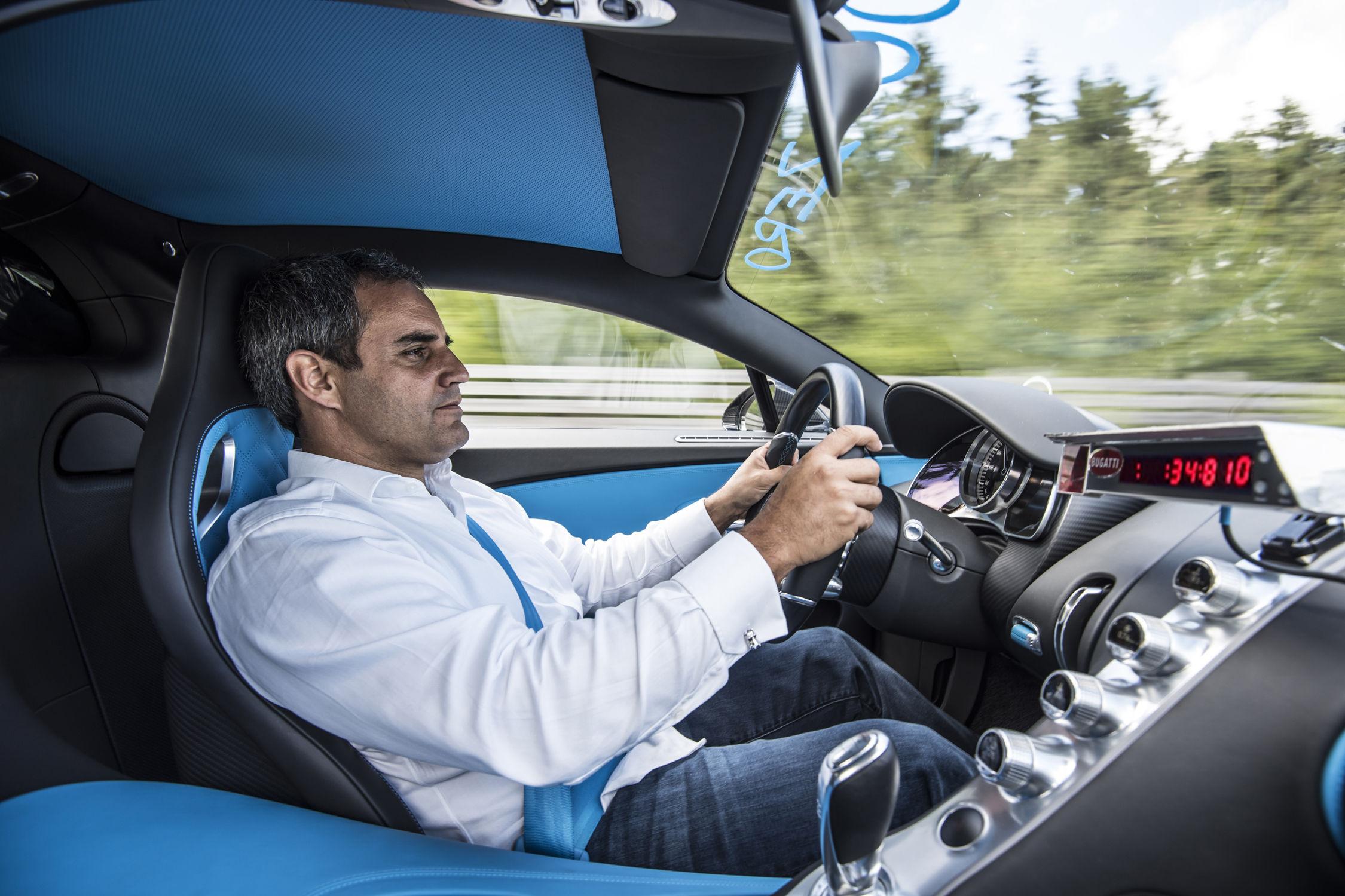 Juan-Pablo Montoya et la Bugatti Chiron du record- Crédit