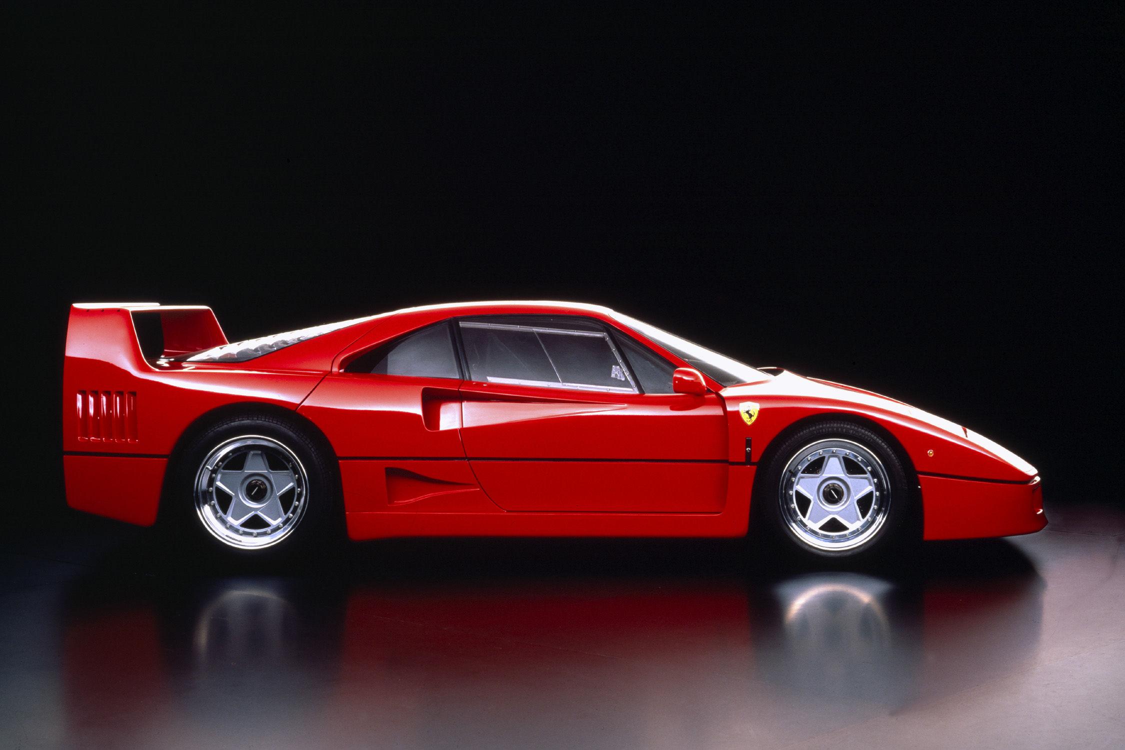 la ferrari f40 fête ses 30 ans - actualité automobile - motorlegend