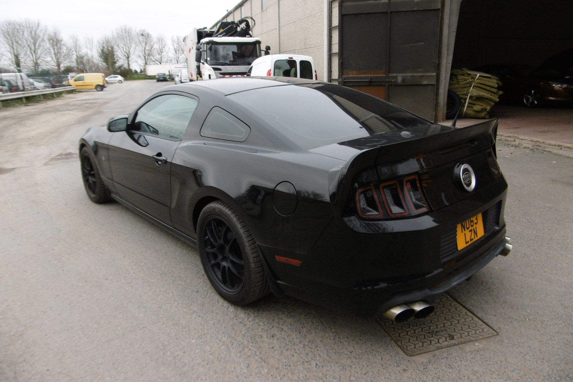 review autoblog quick gt ford mustang spin