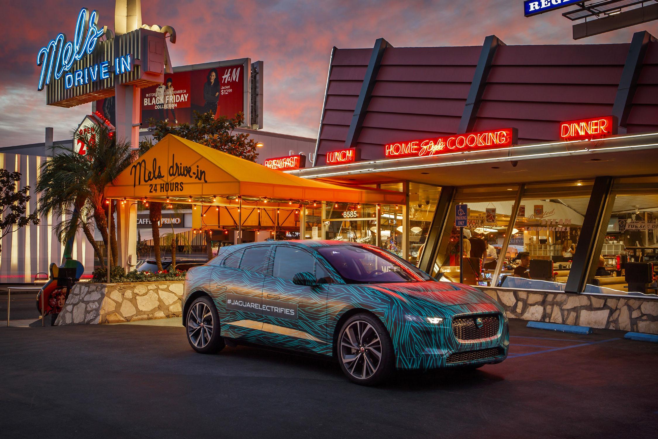 Il faudra attendre le Salon de Genève — Jaguar I-PACE