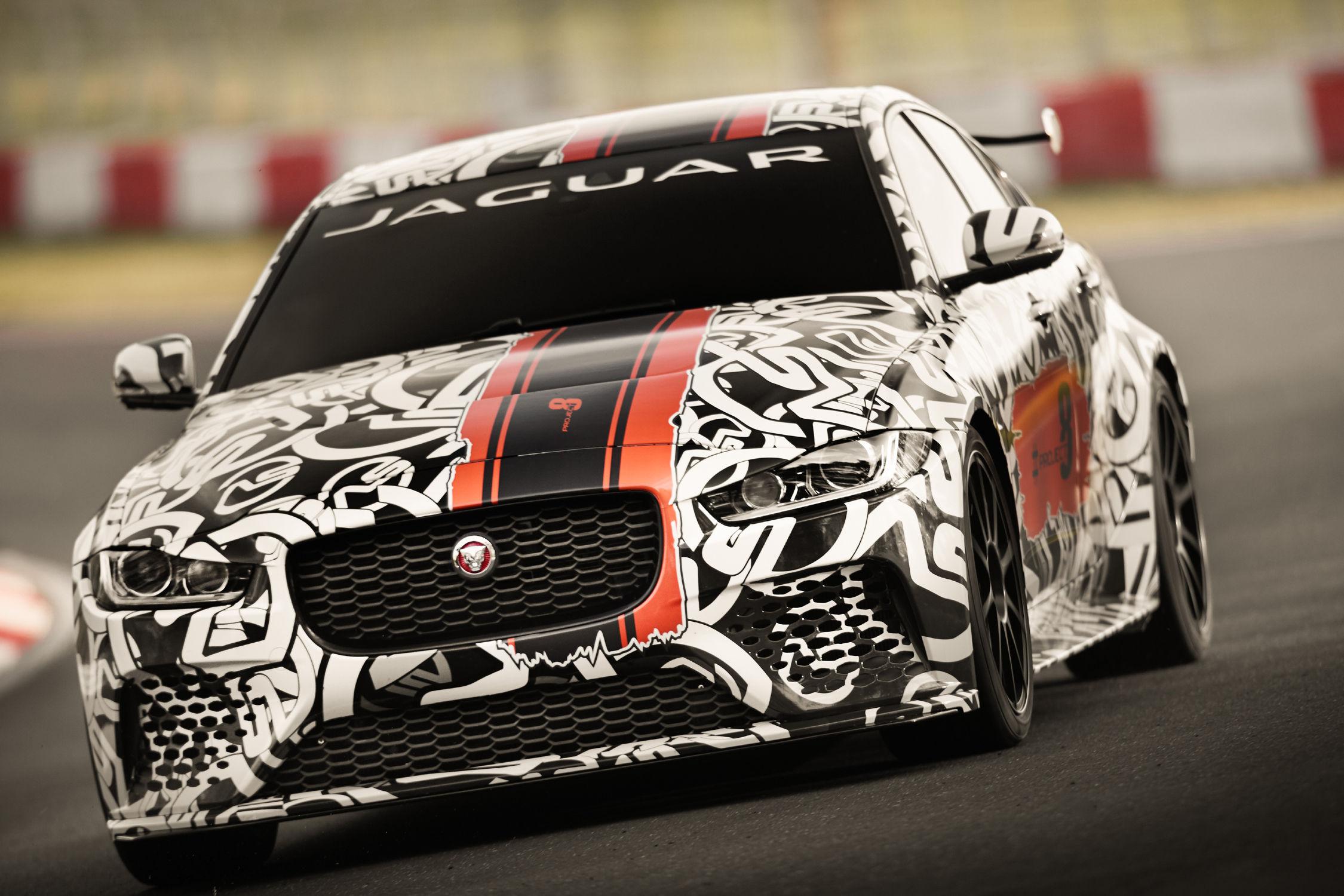 La Jaguar XE SV Project 8, un supercar à collectionner