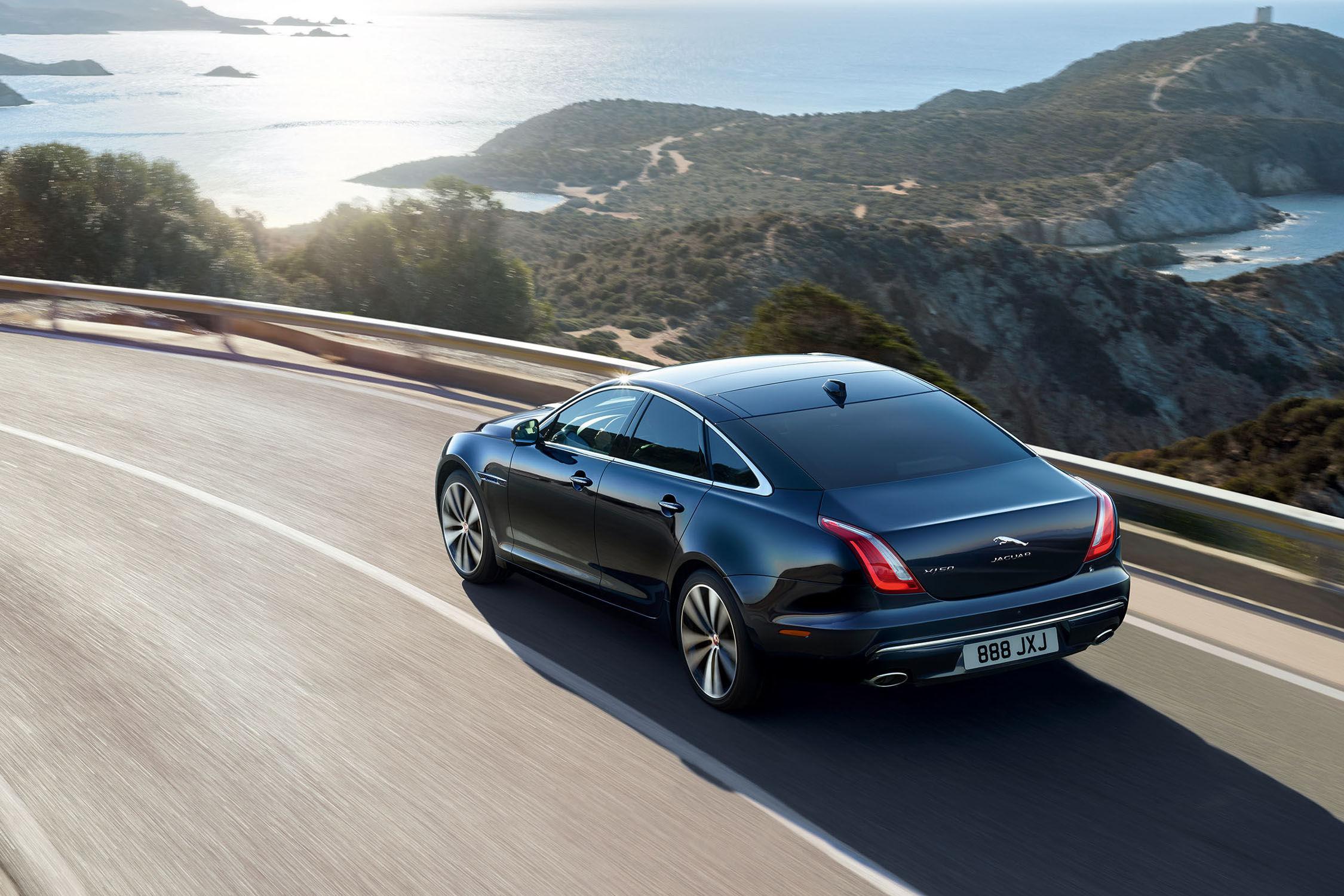 Pékin 2018 : Jaguar XJ50