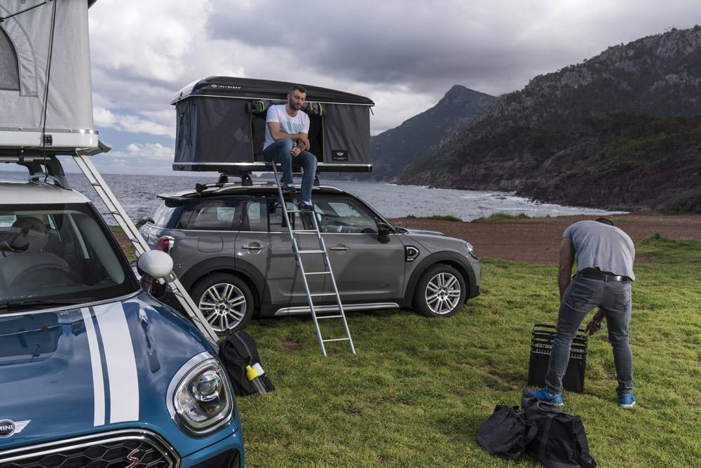 le mini countryman s 39 quipe d 39 une nouvelle tente de toit actualit automobile motorlegend. Black Bedroom Furniture Sets. Home Design Ideas
