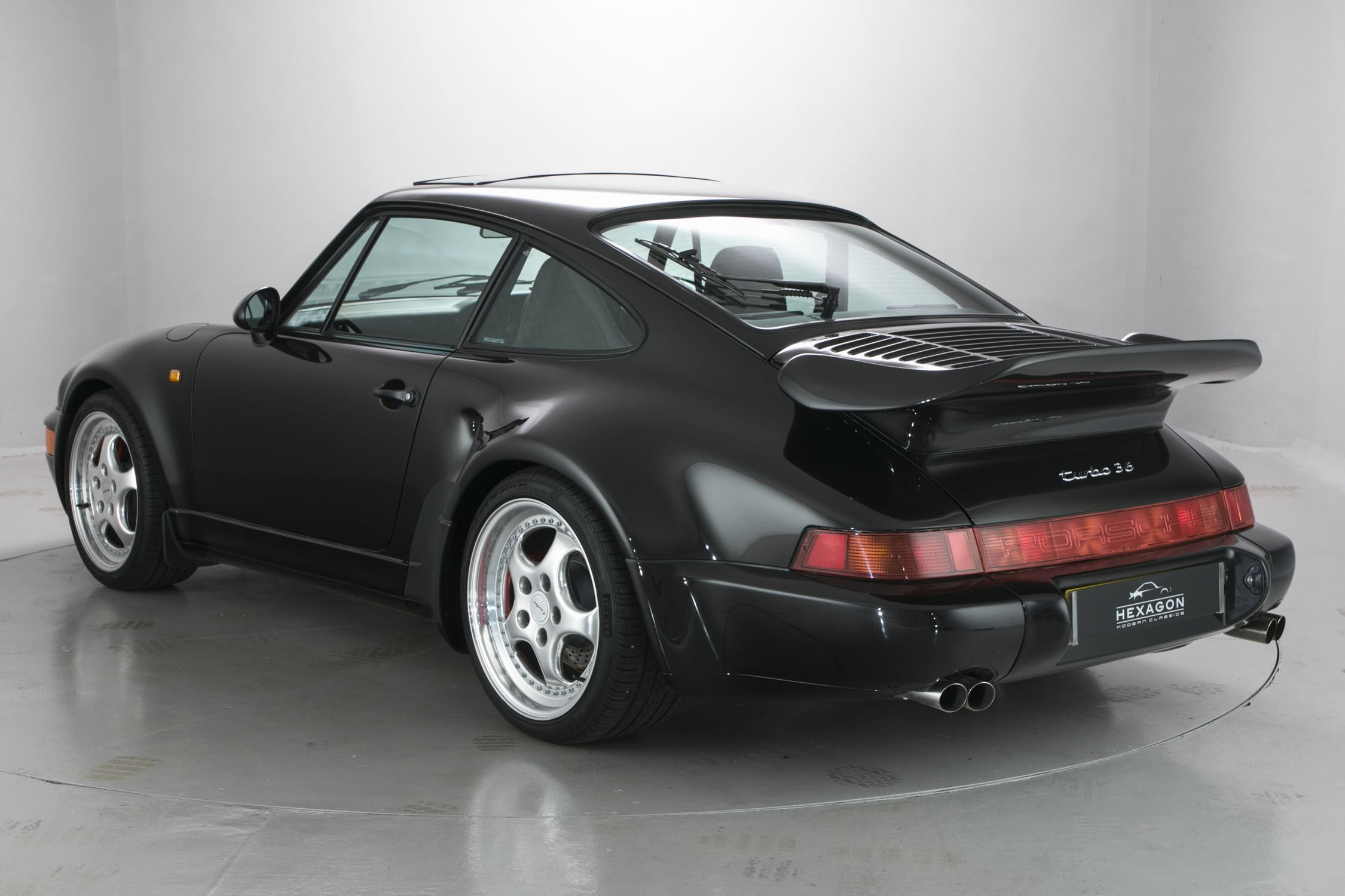 a vendre rare porsche 964 turbo flatnose actualit automobile motorlegend. Black Bedroom Furniture Sets. Home Design Ideas