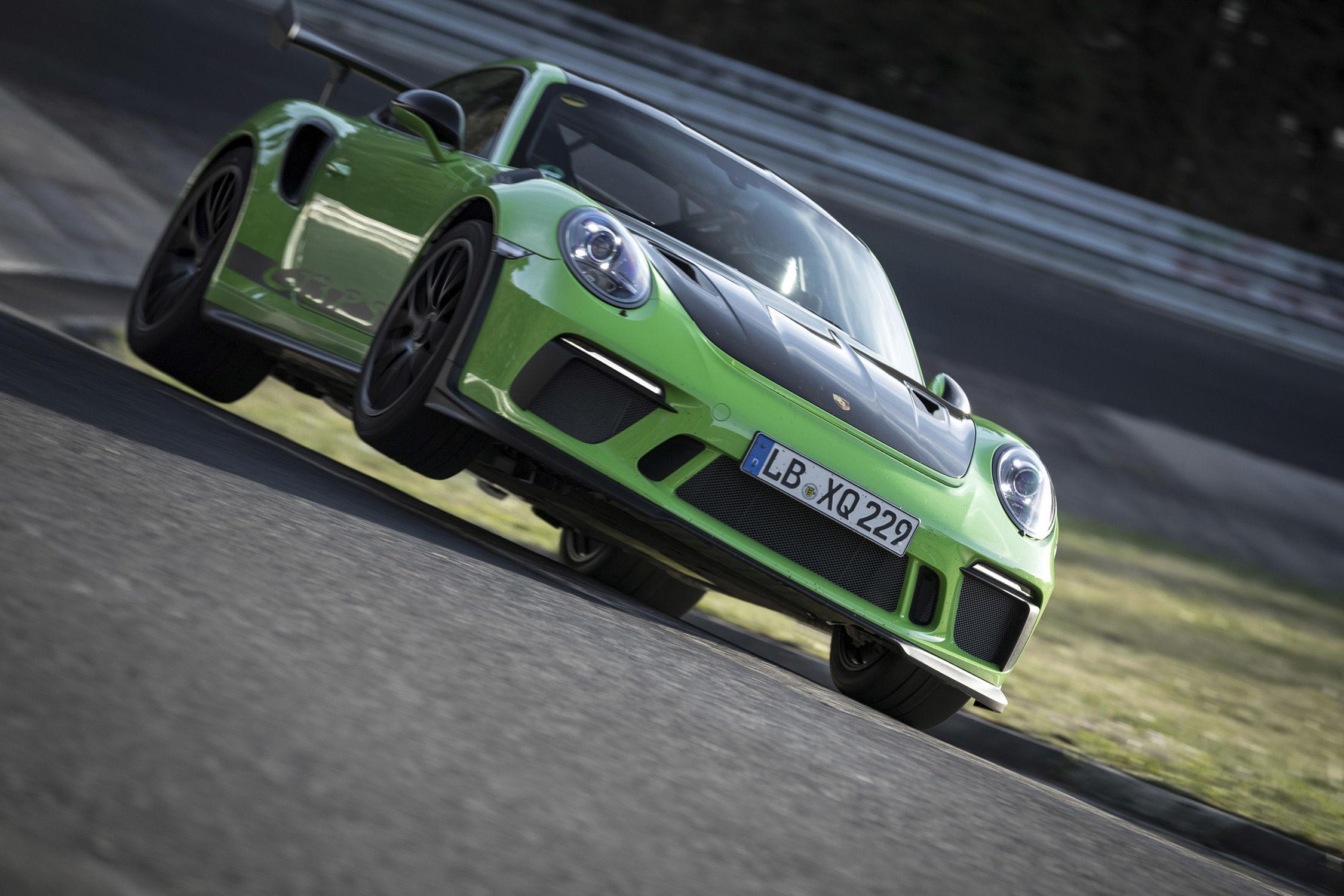La 911 GT3 RS sous les 7 minutes sur le Nürburgring — Porsche