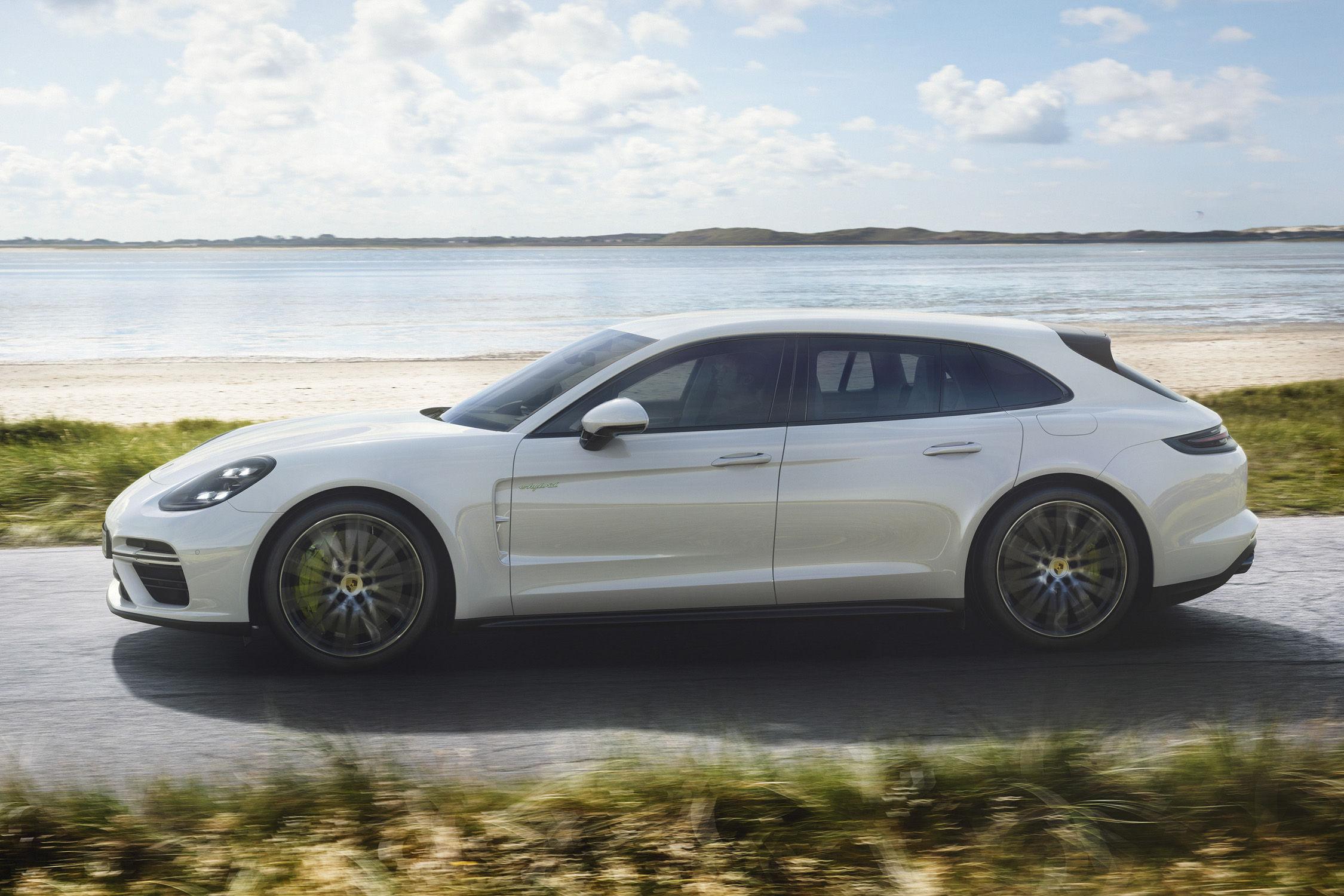 La nouvelle Porsche Panamera Sport Turismo ajoute une version hybride