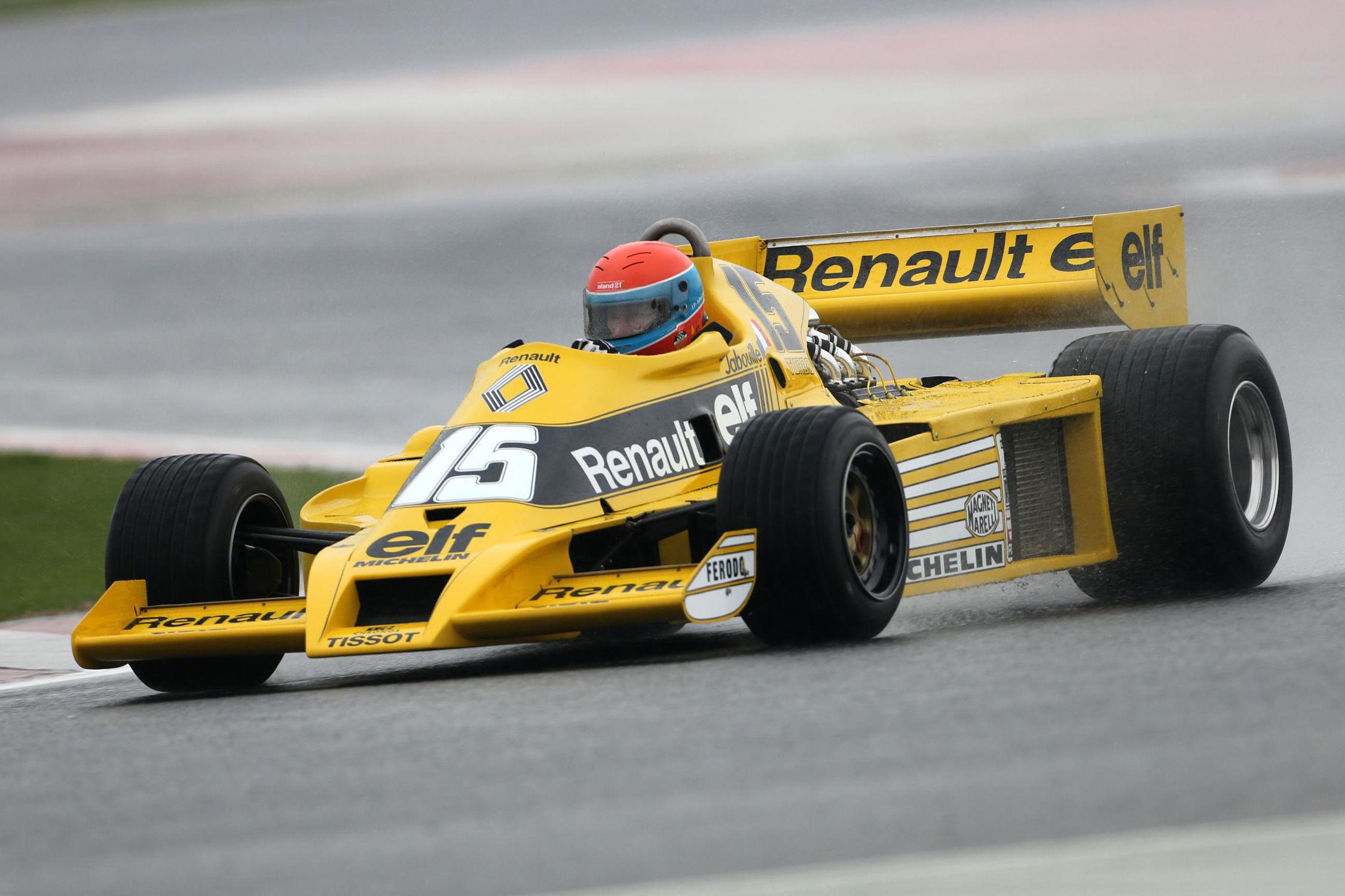 40 ans de F1 fêtés avec une théière — Renault