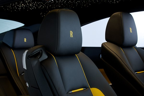 bespoke rolls royce wraith golden yellow actualit automobile motorlegend. Black Bedroom Furniture Sets. Home Design Ideas