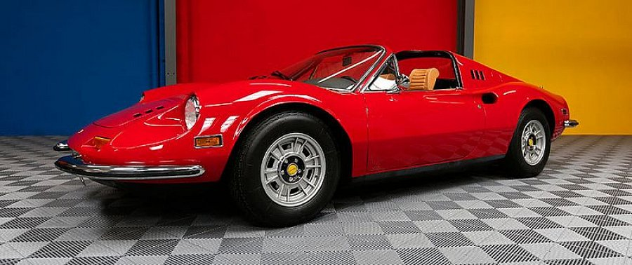 ferrari dino 246 gts cabriolet occasion 410 000 60 000 km vente de voiture d 39 occasion. Black Bedroom Furniture Sets. Home Design Ideas