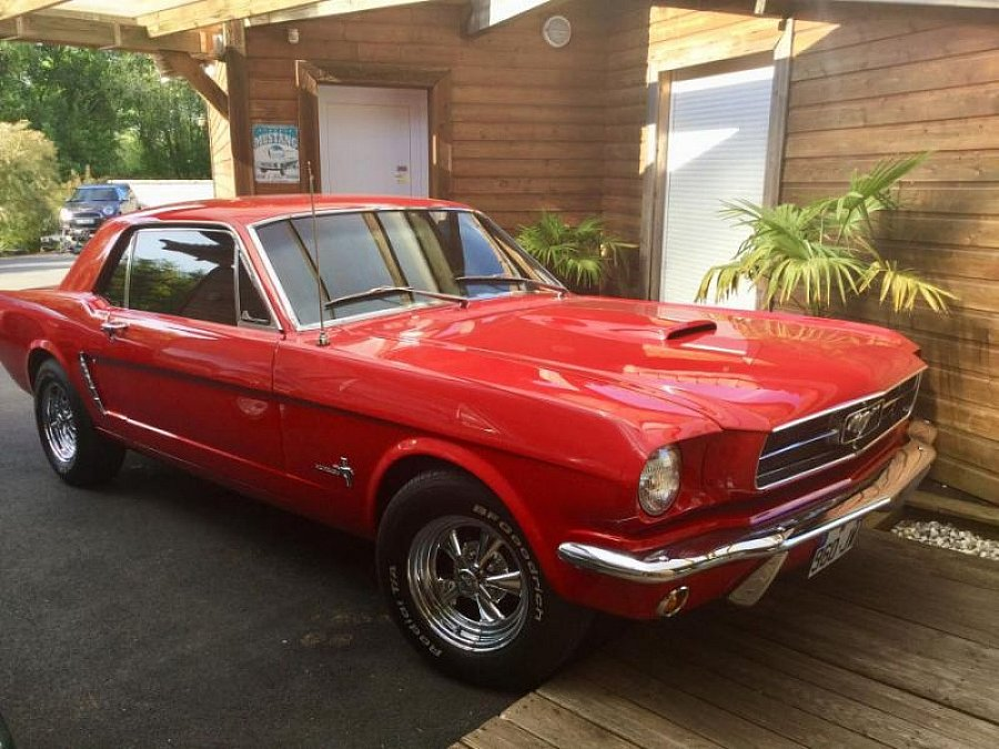 FORD MUSTANG I (1964-73) 4.7L V8 (289 ci) Sport coupé Rouge occasion - 34 900 €, 2 400 km