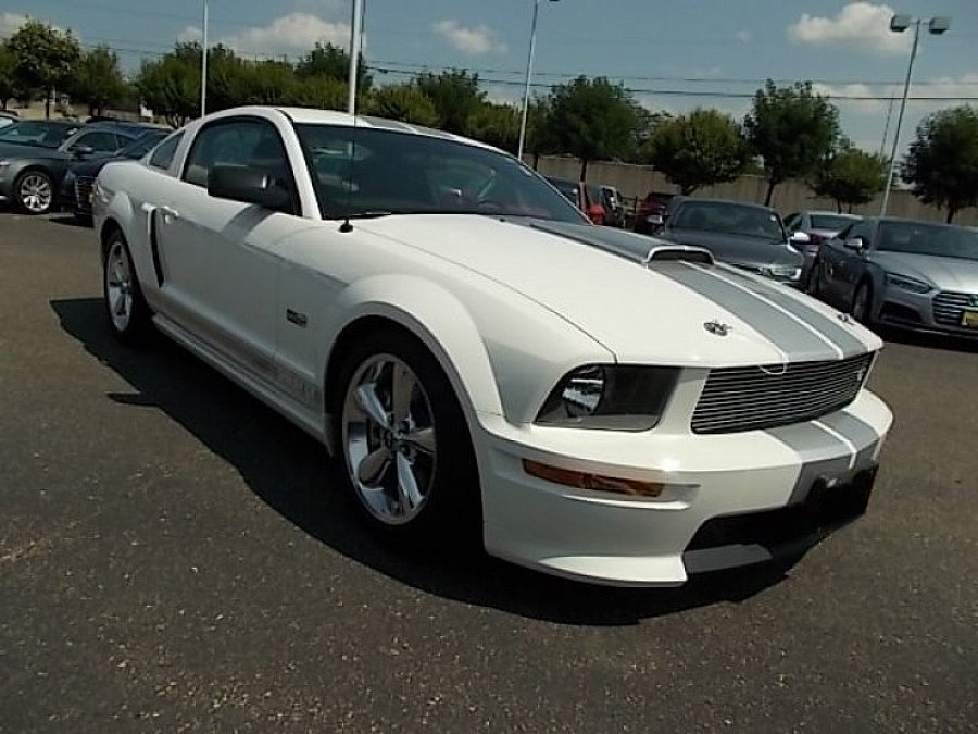 FORD MUSTANG V (2005-14) Serie 1 Shelby GT350 coupé occasion - 27 500 €, 68 000 km