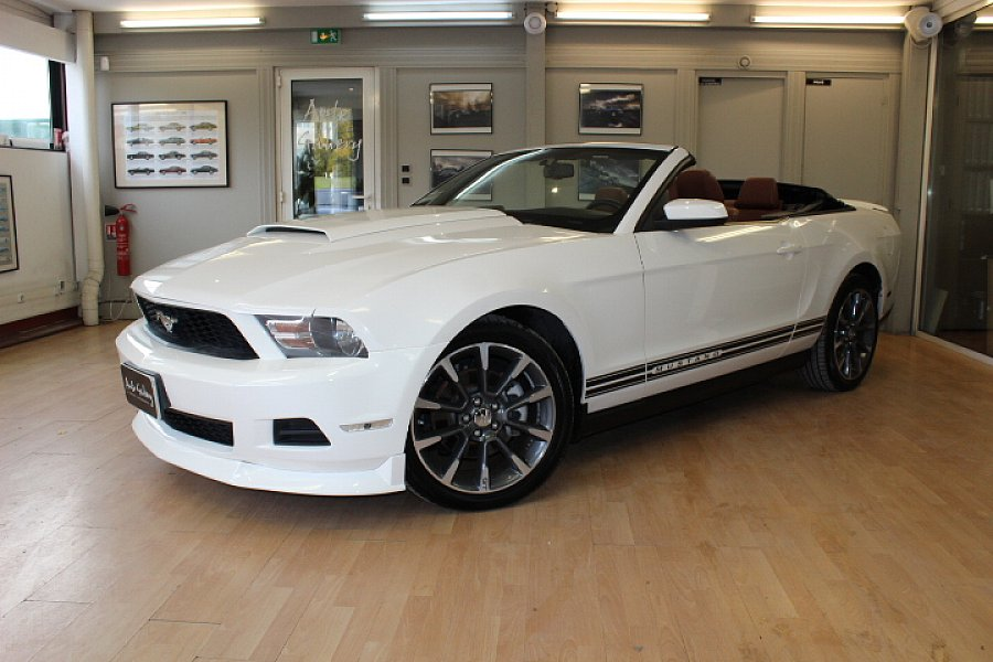 FORD MUSTANG V (2005-14) Serie 2 V6 3.7 PREMIUM cabriolet Blanc occasion - 24 800 €, 160 400 km