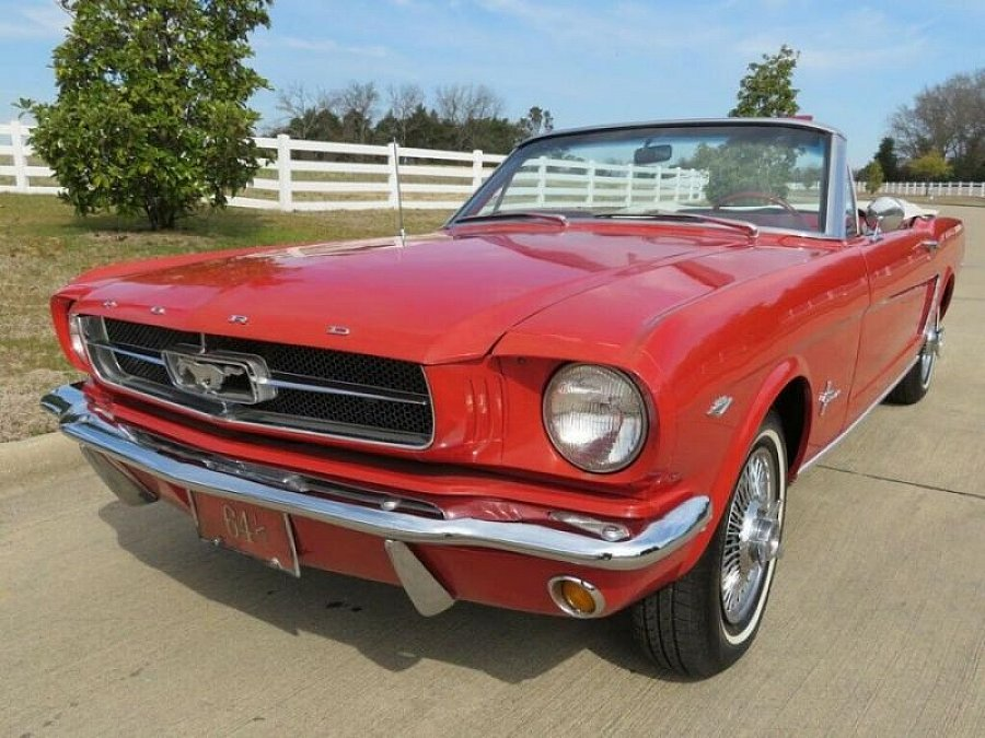 FORD MUSTANG I (1964-73) 4.7L V8 (289 ci) cabriolet Rouge occasion - 38 900 €, 90 000 km