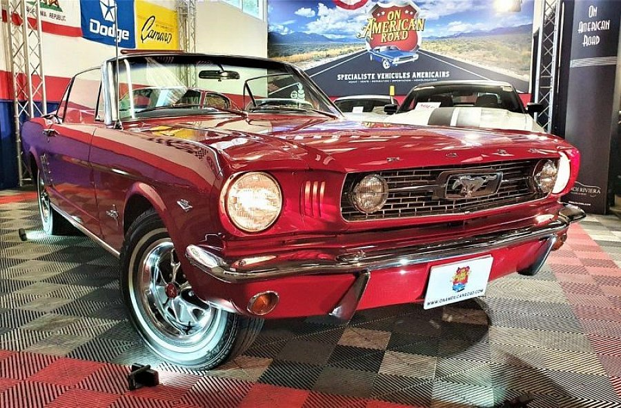 FORD MUSTANG I (1964-73) 4.7L V8 (289 ci) cabriolet Rouge occasion - 46 500 €, 94 000 km