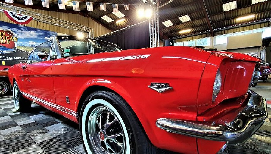 FORD MUSTANG I (1964-73) 4.7L V8 (289 ci) GT PACK CODE A cabriolet Rouge occasion - 48 500 €, 48 000 km