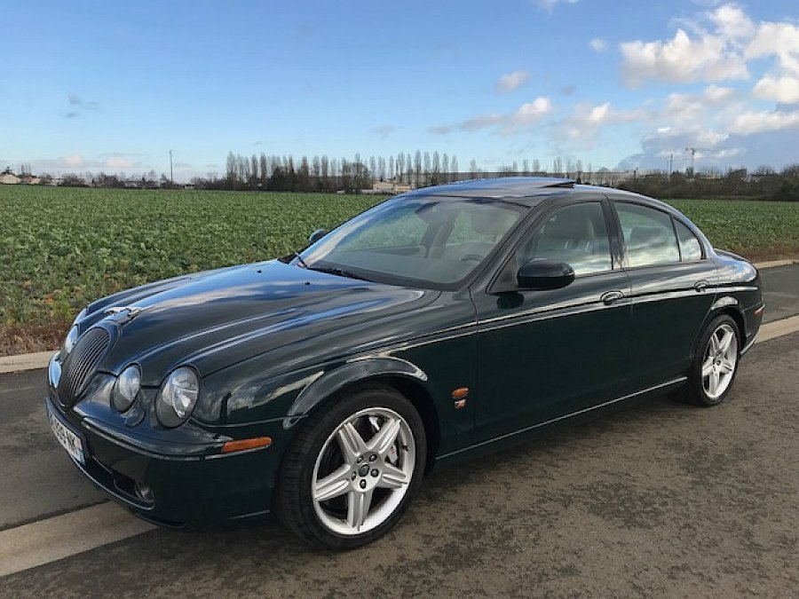 jaguar s type r 4 2 v8 berline vert fonc occasion 10 950 182 000 km vente de voiture d. Black Bedroom Furniture Sets. Home Design Ideas