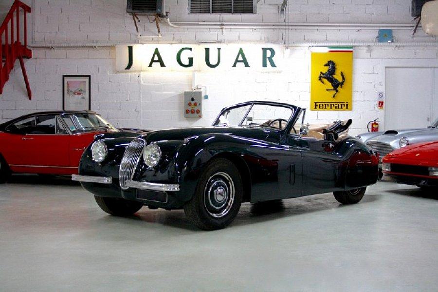 jaguar xk120 3 4 se cabriolet vert fonc occasion 1 km. Black Bedroom Furniture Sets. Home Design Ideas
