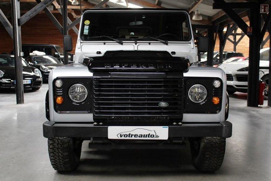 land rover defender iv 110 station wagon black edition 4x4. Black Bedroom Furniture Sets. Home Design Ideas