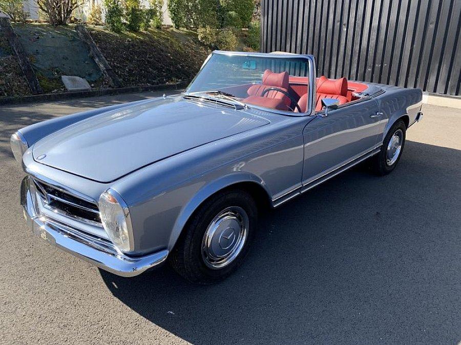 mercedes 280 w113 sl pagode cabriolet bleu occasion 88 000 68 000 km vente de voiture d. Black Bedroom Furniture Sets. Home Design Ideas