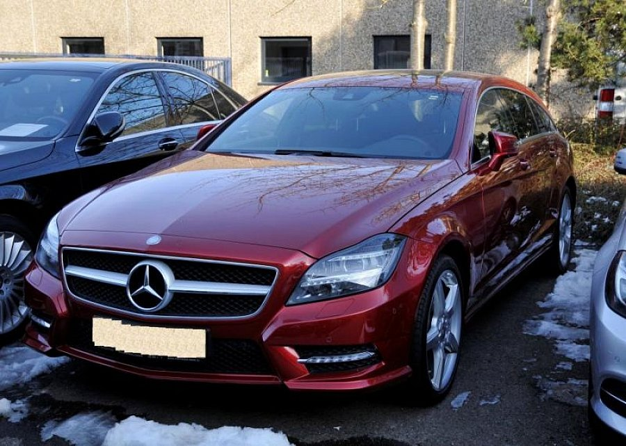 MERCEDES CLASSE CLS Shooting Brake X218 350 CDI BlueEfficiency 4-Matic AMG-Pack break Bordeaux occasion - 34 000 €, 33 000 km