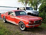 FORD MUSTANG I (1964-73) 4.7L V8 (289 ci) Fastback coupé Rouge