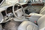 JAGUAR DAIMLER Double Six berline Violet occasion - 25 000 €, 94 000 km