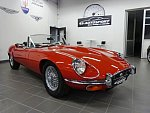JAGUAR TYPE E cabriolet Rouge